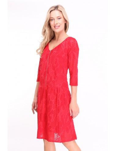 Robe Qayonacri couleur rouge avec zip sur le devant